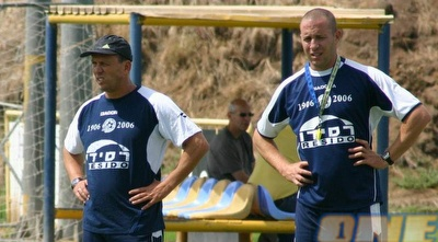 ניר קלינגר בתקופתו כמאמן מכבי ת&qout;א