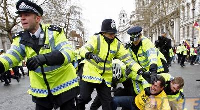 משטרה בריטית (רויטרס)