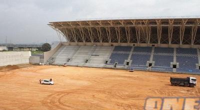 האצטדיון החדש בפ&qout;ת לפני מספר חודשים. תכף זה קורה... (מור שאולי)