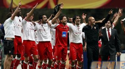 שחקני בראגה חוגגים העפלה לגמר הליגה האירופית (רויטרס)