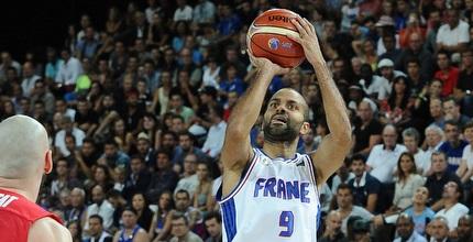 טוני פארקר. הצרפתים הבטיחו את העלייה (FIBA)