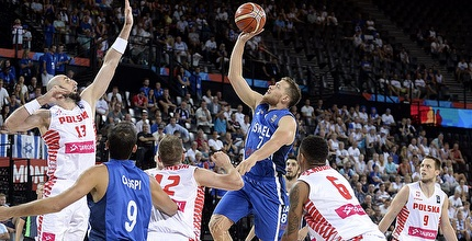 גל מקל. ישראל חוגגת (FIBA)