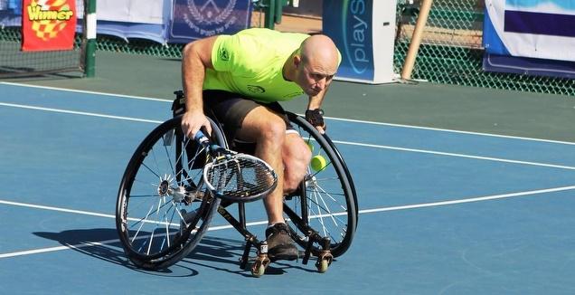 טניס כיסאות גלגלים
