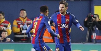 מסי וניימאר חוגגים (La Liga)