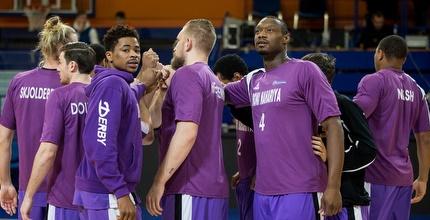 שחקני עירוני נהריה חוגגים (FIBA)