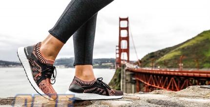 ה-ULTRABOOSTX. נעל הנשים החדשה של adidas