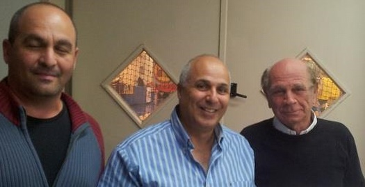 אריק דויטש (משמאל) עם דורון שמחי (איגוד הכדוריד)