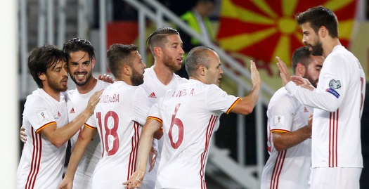 ספרד ניצחה 1:2 במקדוניה, 0:5 ענק לאיטליה
