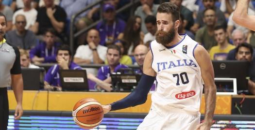 דאטומה במדי נבחרת איטליה (איציק בלניצקי)