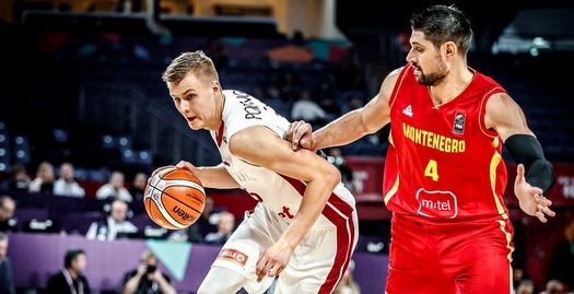 פורזינגיס עם הכדור (FIBA)