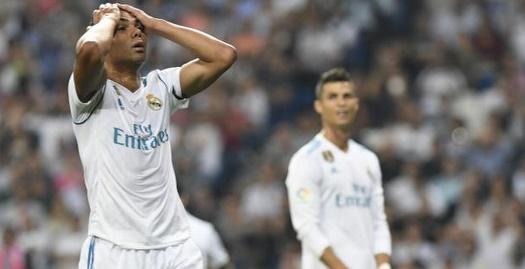 רונאלדו וקסמירו מתוסכלים (La Liga)