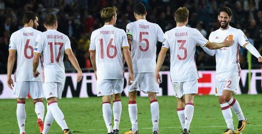 שחקני נבחרת ספרד חוגגים (נעם מורנו)