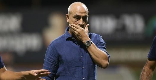 משה סיני הודיע לשחקני הרצליה על התפטרותו