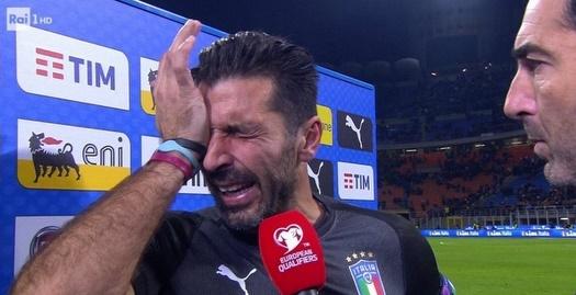 בופון בוכה בזמן הראיון