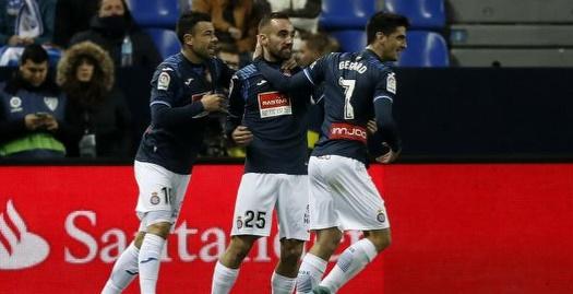 דארדר חוגג עם החברים את שער הניצחון (La Liga)