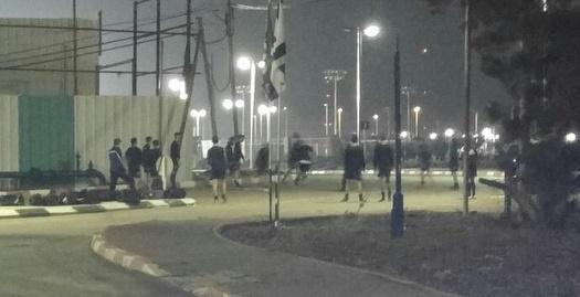שחקני הנוער של עכו מתאמנים בכביש