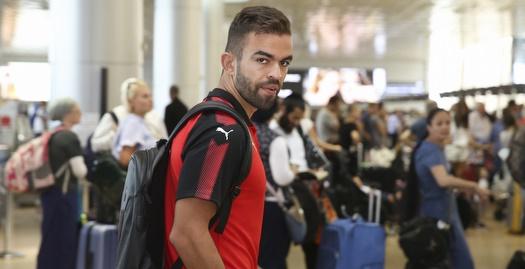 מיגל ויטור יוצא לפורטוגל להתייעצות רפואית