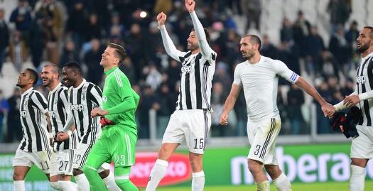 יובנטוס נשארה צמודה לנאפולי עם 0:1 על גנואה