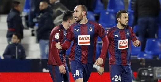 איבן ראמיס חוגג את השער הדרמטי (La Liga)