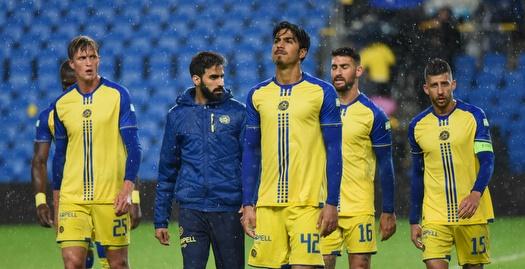 מעדה בגשם: מכבי תל אביב הפסידה 1:0 לרעננה