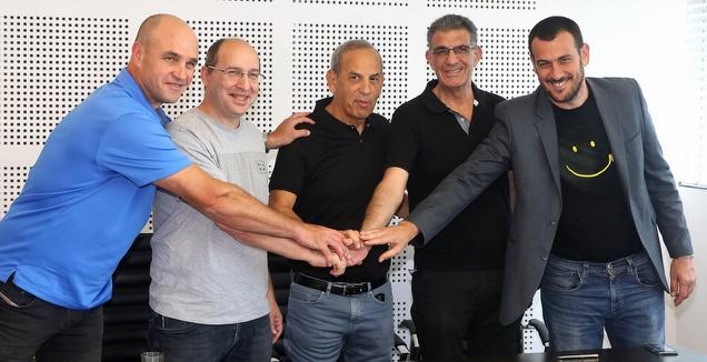 נחתם ההסכם: אנחנו שמים את המשבר מאחורינו