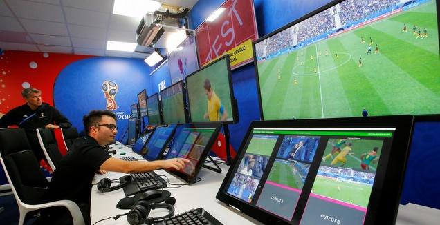 דילמה: איך הטכנולוגיה תשפיע על הכדורגל?