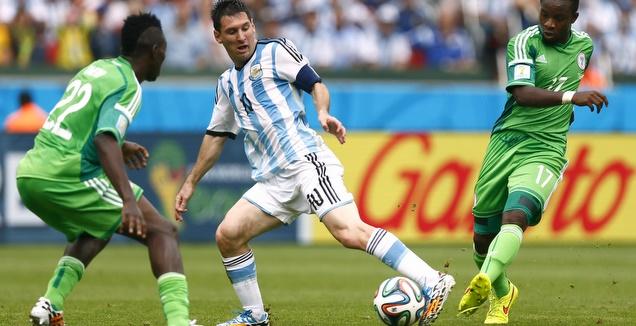 מסי מול ניגריה במפגש ב-2014 (רויטרס)