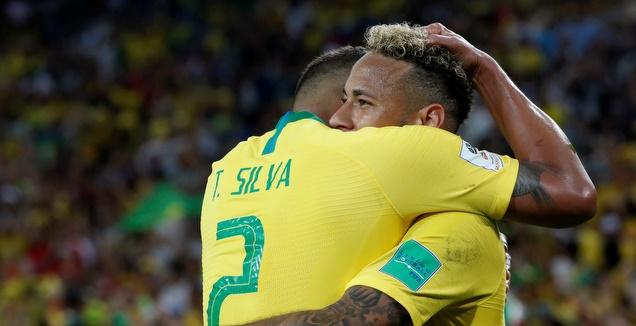 ברזיל גברה על סרביה 0:2 ועלתה לשמינית הגמר