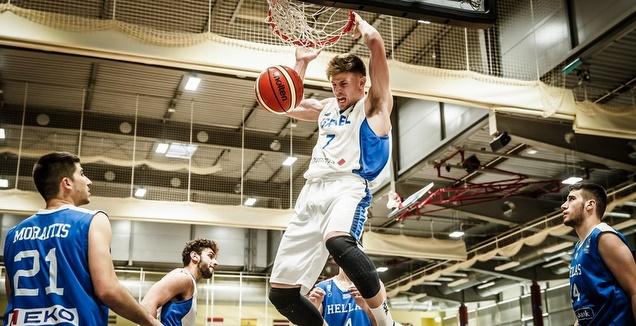 מירון רוינה מטביע (FIBA)