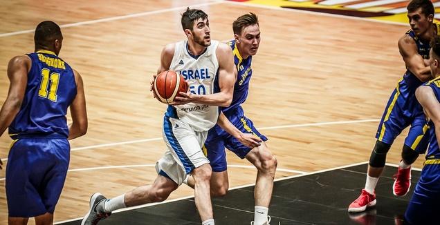 יובל זוסמן מול פטר סטומר (FIBA)
