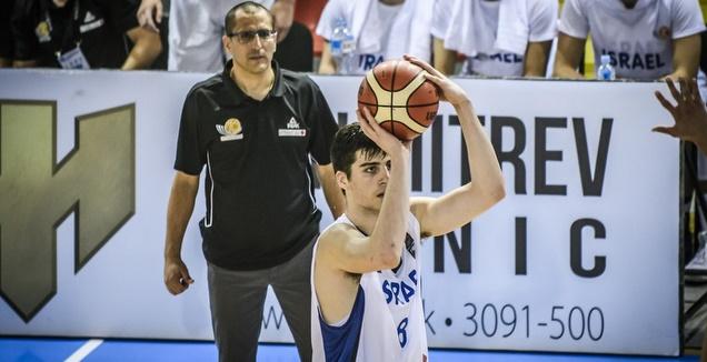 נבחרת הנוער הביסה את מקדוניה, 16 נק' לאבדיה