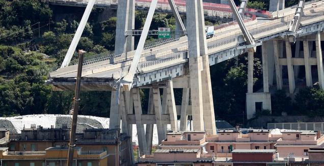 הגשר שקרס בגנואה (רויטרס)