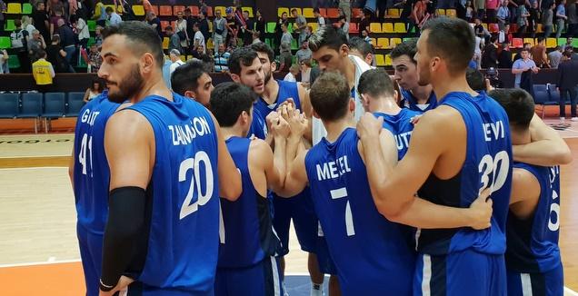 שחקני נבחרת ישראל (באדיבות איגוד הכדורסל)