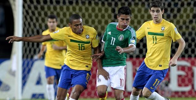 יוליסס דבילה במדי נבחרת מקסיקו הצעירה (רויטרס)