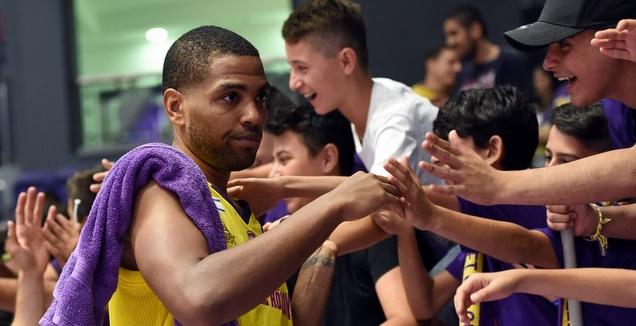 קאליף וואיט (FIBA)