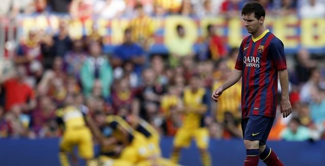 ליאו מסי מאוכזב מול אתלטיקו מדריד ב-2013/14 (רויטרס)