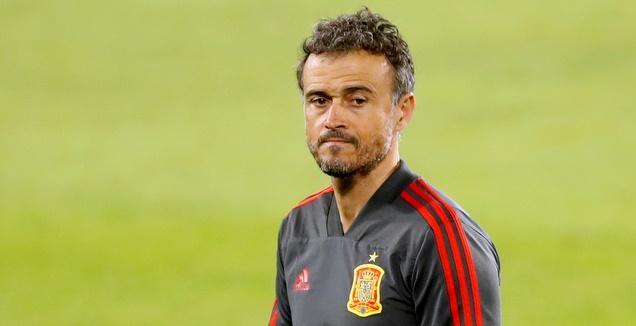לואיס אנריקה באימון נבחרת ספרד (רויטרס)