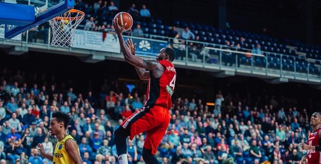 כריס ג'ונסון (FIBA) (מערכת ONE)