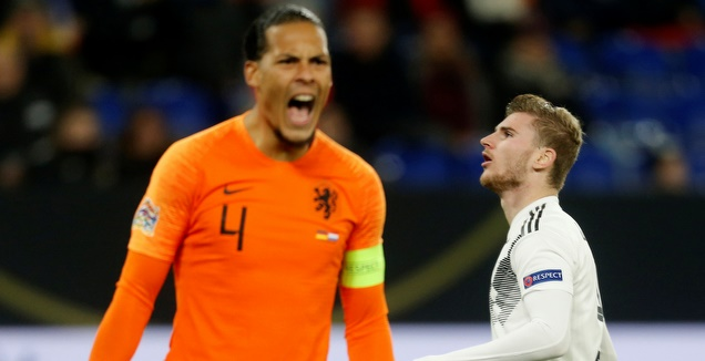ואן דייק חוגג מול גרמניה בפעם האחרונה (רויטרס)