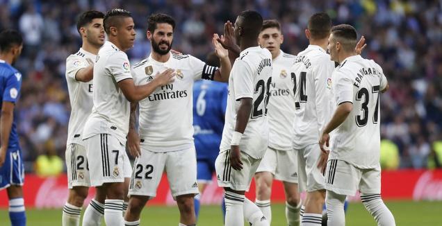 שחקני ריאל מדריד. רוצים להמשיך לחגוג (La Liga)