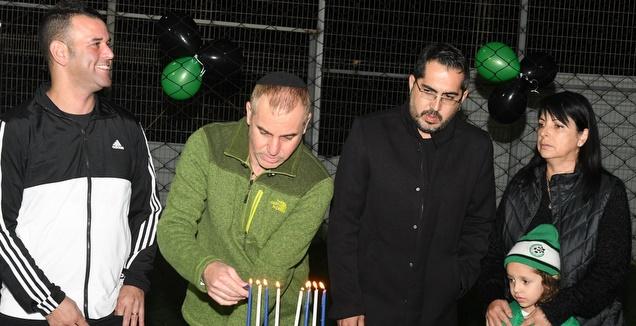 שחקני מכבי חיפה השתתפו בטורניר לזכר שון כרמלי