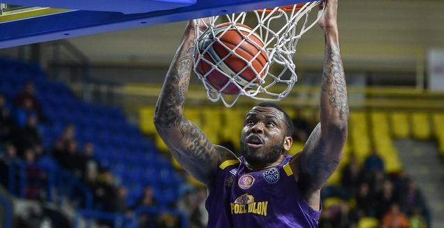 שון ג'ונס מטביע (FIBA) (מערכת ONE)