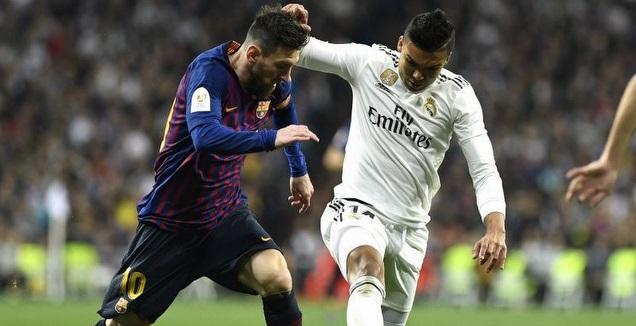 ליאו מסי וקאסמירו במאבק (La Liga)