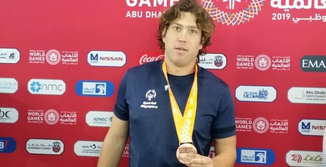 דניאל בן אסא זוכה במדליית ארד (צילום ספיישל אולימפיקס ישראל) (מערכת ONE)