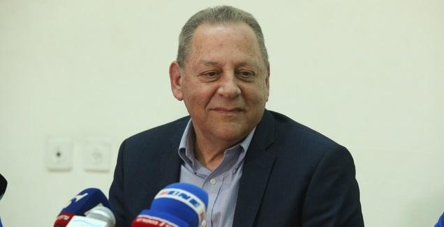 יגאל כרמי (שחר גרוס)