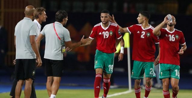 שחקני נבחרת מרוקו חוגגים (רויטרס)