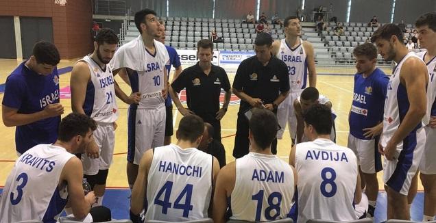 שחקני נבחרת העתודה בתדרוך (איגוד הכדורסל)