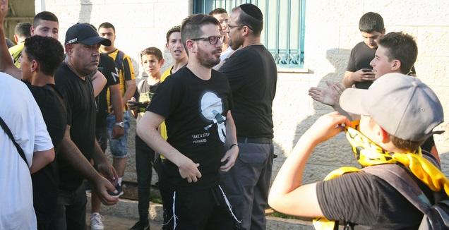 משה חוגג באימון בית&qout;ר ירושלים (איציק בלניצקי)