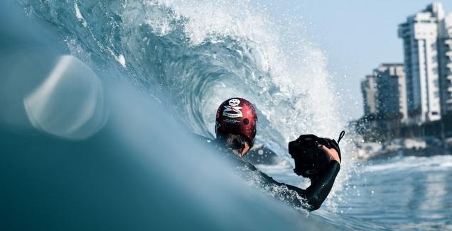 איגור איגי פטרנקו בפעולה, בצילום מהמים (ניק מרון)