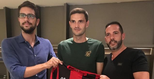 בית חדש: אריק סאבו חתם בקאראגומרוק הטורקית